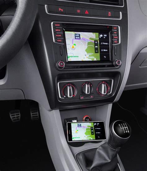 volkswagen lanca fox   carplay  android auto