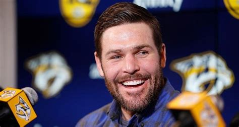 Mike Fisher Age, Bio, NHL, Salary, Net Worth, Wife, Height ...
