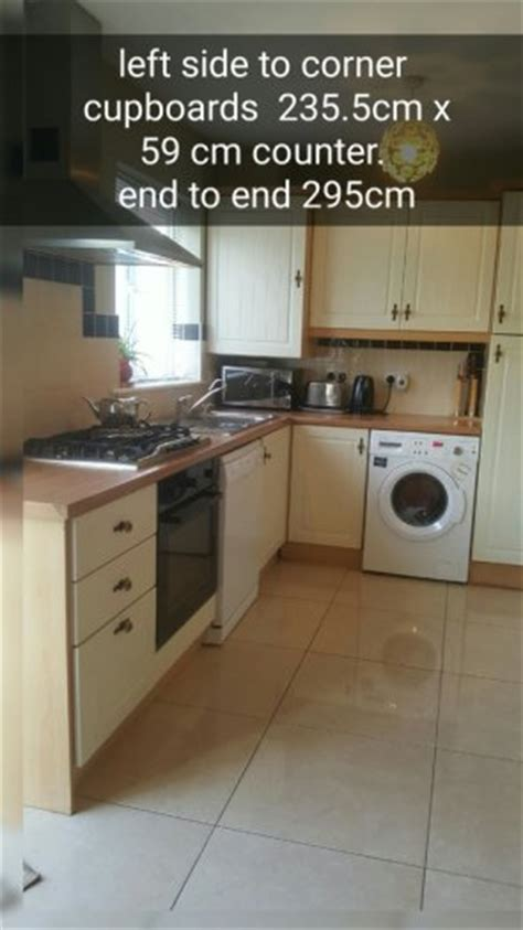 Kitchen Includes Sink Hob Fan Extractor And Corner Unit