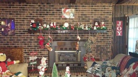 Get Hallmark Christmas Home Decor Background