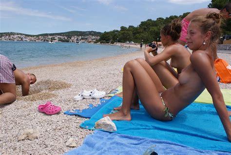 file lazy beach 13329684974 2 wikimedia commons