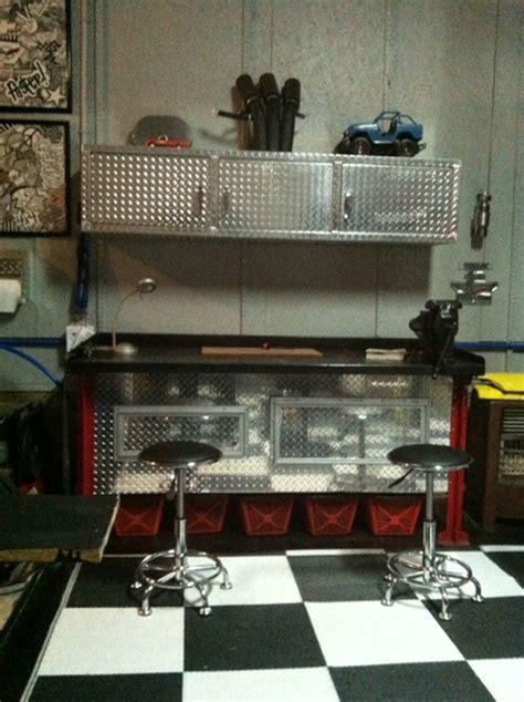 car guy garage diamond plate workbench