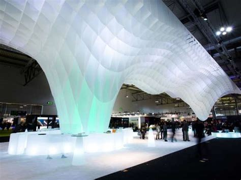 ice berg mimicking installations  mido fair stand