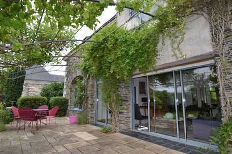 maison a louer angers maison ancienne renovee par un architecte a 5 minutes de la gare d angers 5 chambres piscine
