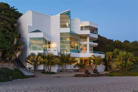 Paradise Cove Beach House in California, USA 37