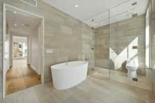 badezimmer fliesen beige tiles with wooden look cool exles room decorating ideas home decorating ideas