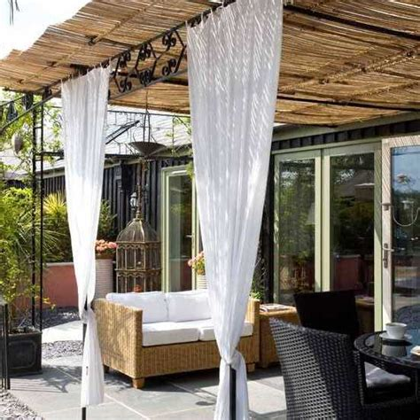 15 Fabulous Small Patio Ideas To Make Most Of Small Space. Wicker Patio Set Clearance. Patio Installation Contractors. Concrete Patio With Brick Border. Travertine Patio Pictures. Patio Restaurant Omaha. Patio Designs Kildare. Outdoor Patio Swing On Sale. Round Patio Table And Chairs