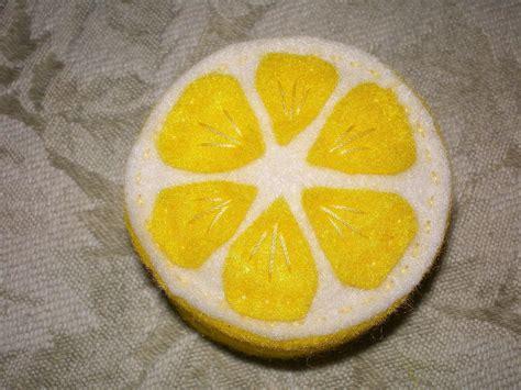 citrus wheel  slice  lemon     lemon
