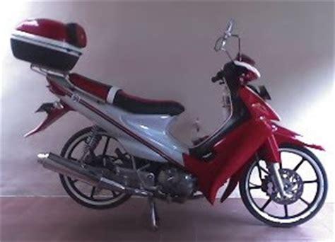 Modifikasi Motor Smash 2005 by Modifikasi Suzuki Smash 2005 Modif Motor