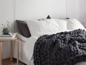 Plaid En Grosse Maille : o trouver un plaid en laine avec des grosses mailles ~ Teatrodelosmanantiales.com Idées de Décoration
