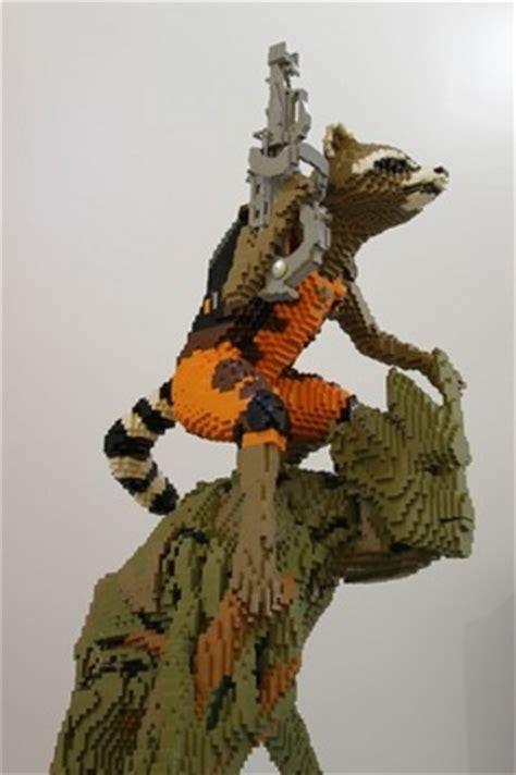 LEGO Rocket Raccoon and Groot