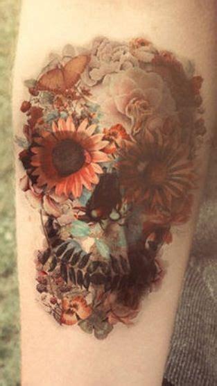 gosh wow    amazing   floral skull tattoo artfully  pinterest