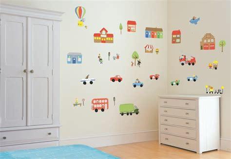 stickers deco chambre stickers muraux pour déco de chambre enfant en 49 photos