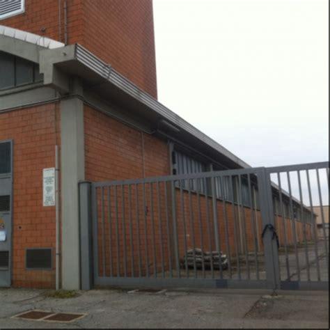 affitto capannoni prato capannone industriale prato affitto vendita capannone