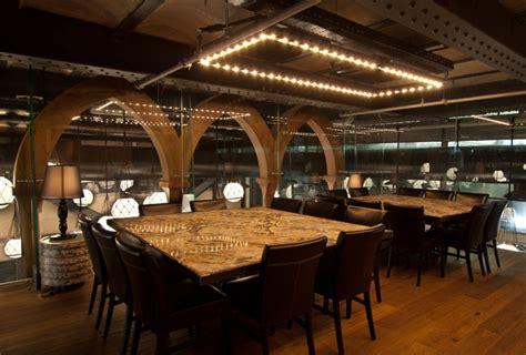 seafood restaurant  elements  arab architecture