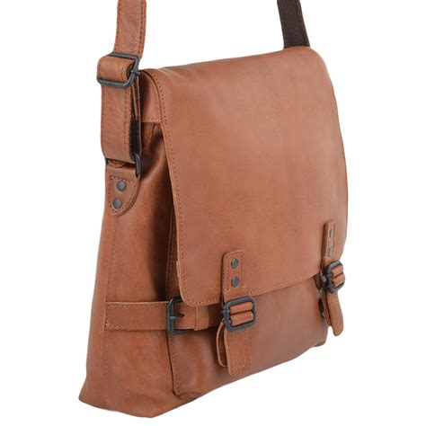 34612974a8e9f 1000 x 1000 www.leathercompany.co.uk. Mens A4 Medium Leather Messenger Bag  Tan   Pablo ...