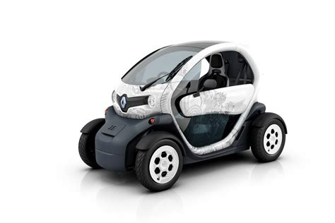 Renault Car :  Renault Debuts Production Twizy, The Electric