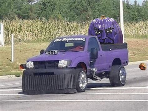 Un Thanos Hecho De Calabaza Genera Ola De Memes