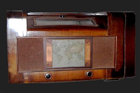Some Waldorp Radio Types