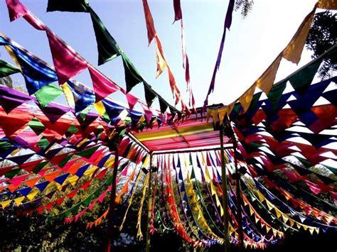 colourful flags   jaipur literature festival flags