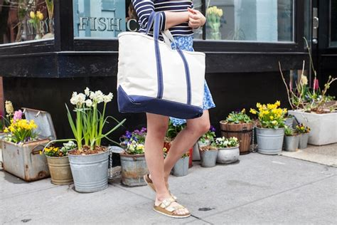 Ll Bean Boat Bag by Maine In New York The 5 Best Lobster Rolls In Nyc