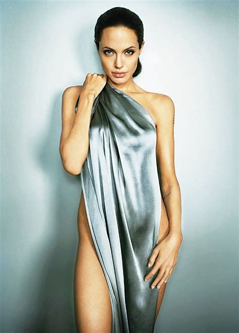angelina jolie wiki bio age height hot sexy bikini photo