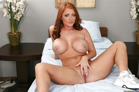 Sweet Redhead Sophie Dee With Big Boobs And Butt Shows