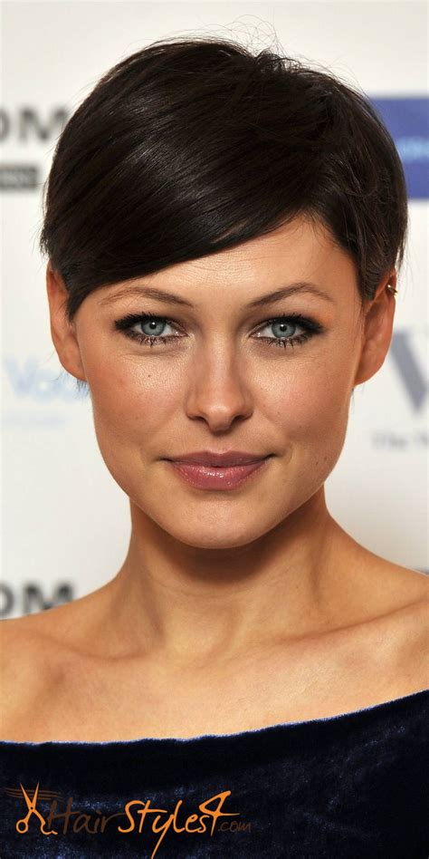 How To Cut Pixie Hairstyle by Tips To Style Your Pixie Cut Hairstyles4