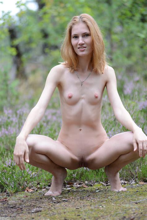 Petite Naked Girls Amour Angels Otdoor Nudism Gallery