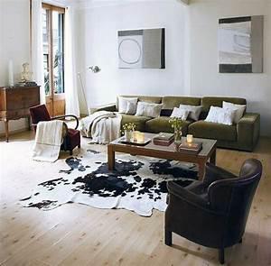 comment adopter la peau de vache dans linterieur With tapis de yoga avec canape vert emeraude