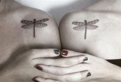 27 tatuajes de libélulas y su poderoso significado 0