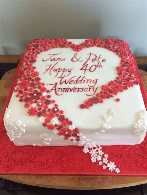 40th Anniversary Decorations - hearts and flowers 40th wedding anniversary cake ruby