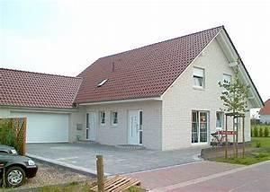 Doppelgarage Mit Satteldach : referenzen haus 04 ~ Whattoseeinmadrid.com Haus und Dekorationen