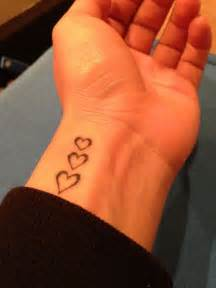 The Gallery For > Name Tattoos On Wrist With Hearts