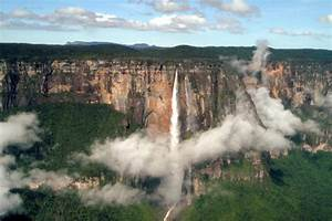 Angel Falls – The Highest and Most Beautiful Waterfalls in