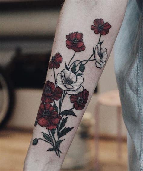 bouquet de fleurs tatouage