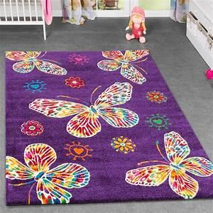 kinderzimmer lila haus design und mobel ideen With balkon teppich mit schmetterling tapete lila