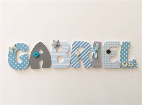 lettre prenom chambre bebe les 25 meilleures idées de la catégorie lettre en bois