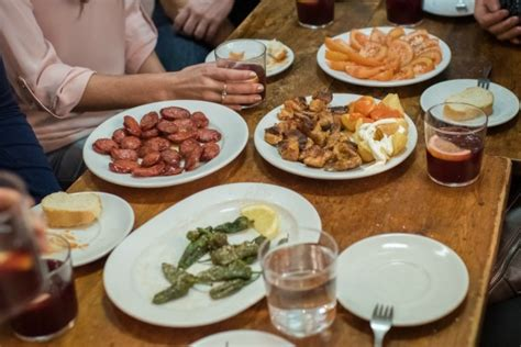Where to Eat Near Park Guell: Our Top 5 Picks – Devour ...