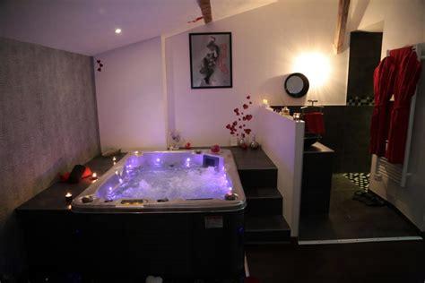 location chambre avec spa privatif location chambre romantique à chateuneuf sur isère pour