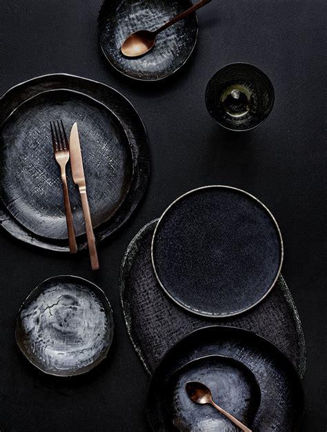 Schwarzes Geschirr by Gelungene Tischdeko Schwarzes Geschirr Und Kupferfarben