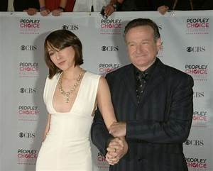 Zelda Williams deletes Twitter account over abuse ...