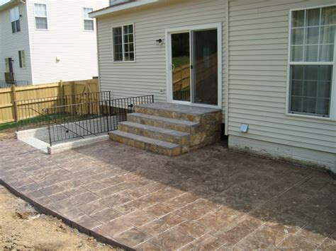 sted concrete patio with stairs www imgkid the