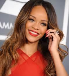 Rihanna Is The New Face Of Mac Cosmetics
