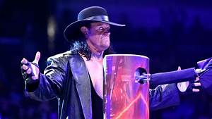 The Undertaker Arrives At New York City Hospital For ...