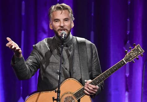 kenny loggins footloose cleveland songs singer gun behind danger zone gets caddyshack songwriter perform iconic movies cyo heads into severance