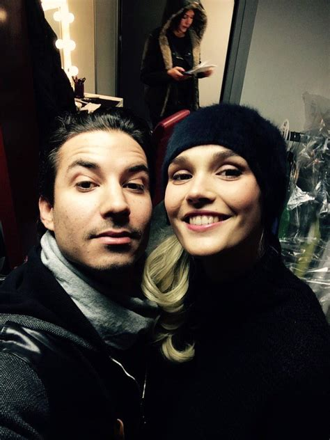 """Fil d'actualité de jérémy ferrari. Jeremy Ferrari on Twitter: """"Avec @CamilleLou1789 en tournage ! #surprise #bientotdanstatele ..."""