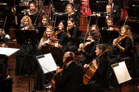 Liepājas Simfoniskais orķestris tiešraides koncertu ciklā ...