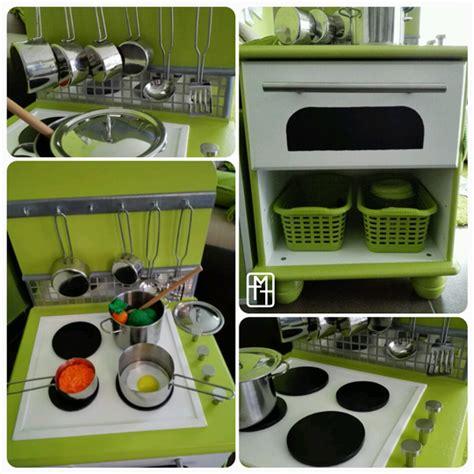 vitre pour table de cuisine diy fabriquer une cuisine pour enfant avec deux tables