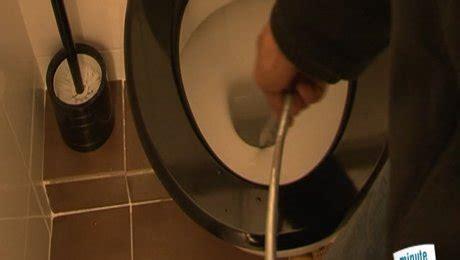 comment detartrer un toilette d 233 boucher des toilettes minutefacile